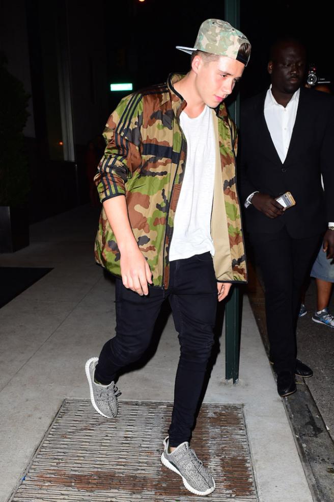 celebrities-yeezy-boost-sneakers-5